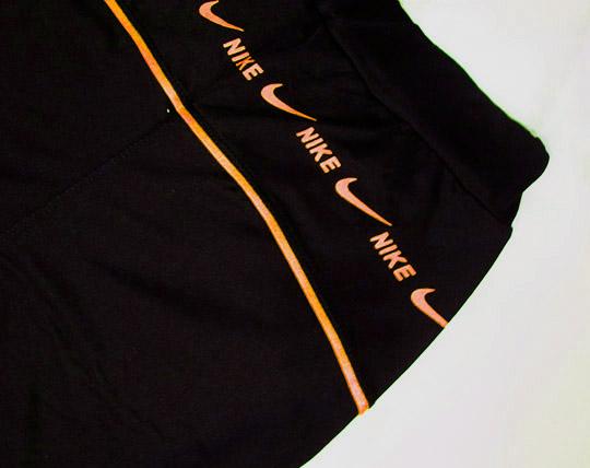 nike-women-sportswear-sweatshirt