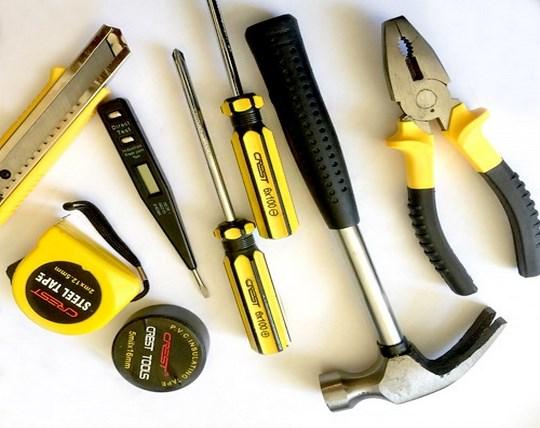 12-piece-crest-toolkit
