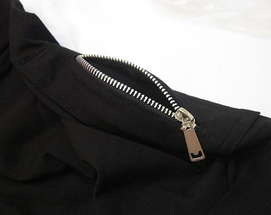 long-sleeve-t-shirt-zipped-sw