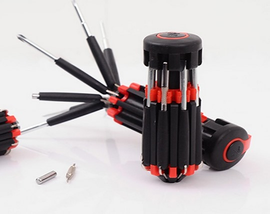 screwdriver-with-8-flashlights