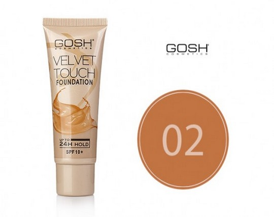gosh-powder-cream-velvet-touch-model