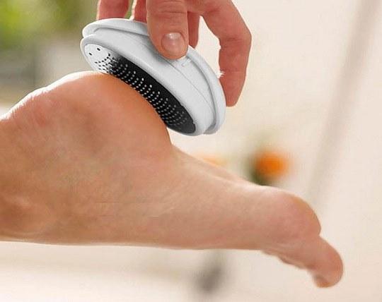 single-pedagogy-removing-foot-crack