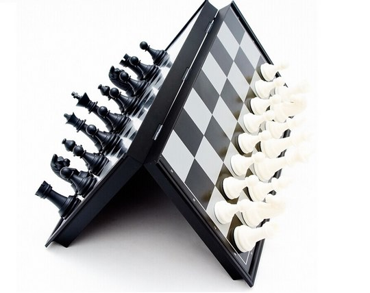 شطرنج مغناطیسی Chess