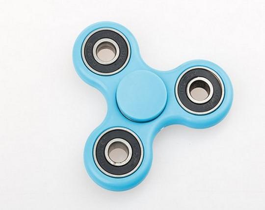 finger-spinner-3-blades