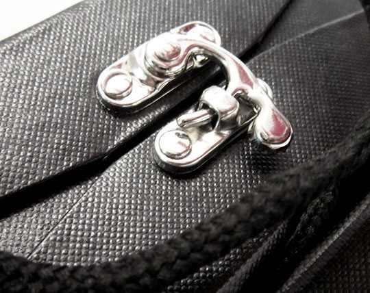 set-of-crochet-button-button-and-vannotensa-clamp