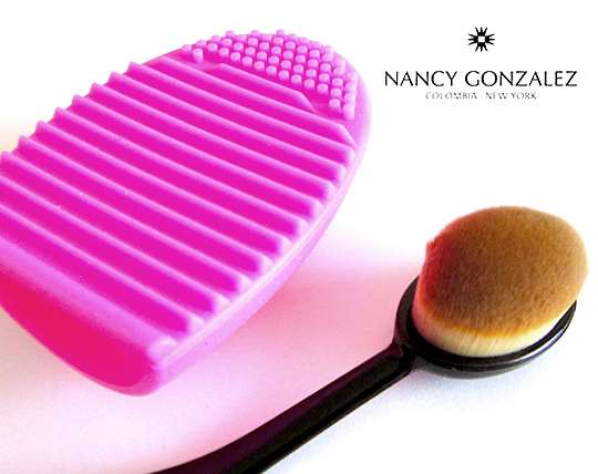 professional-nancy-7-piece-professional-brush-pack