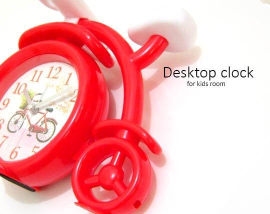 children-desk-clock