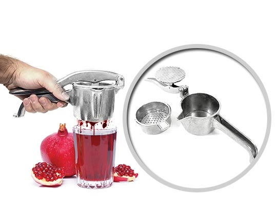 manual-hand-pouring-juice
