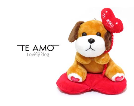 عروسک سگ قلب دار Te Amo