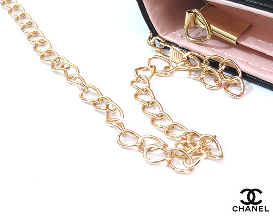chanel-lux-feminine-wallet