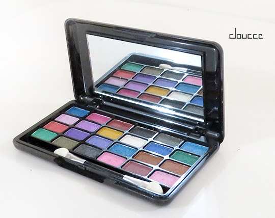 doucce-24-color-eye-shadow