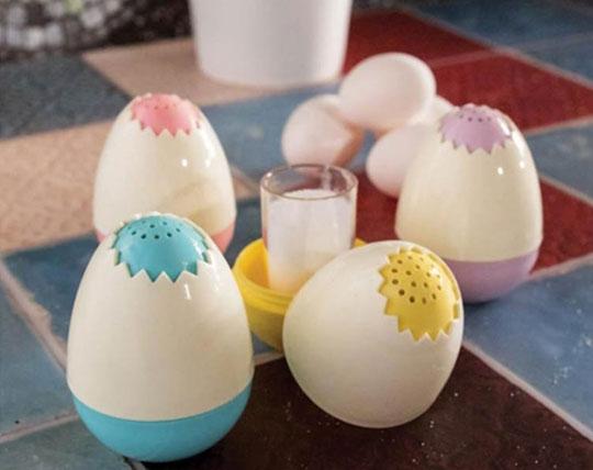 egg-shaped-salt-box