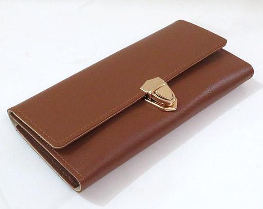 female-wallet