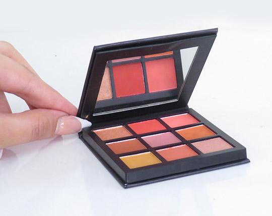 huda-beauty-12-colors-eye-shadow