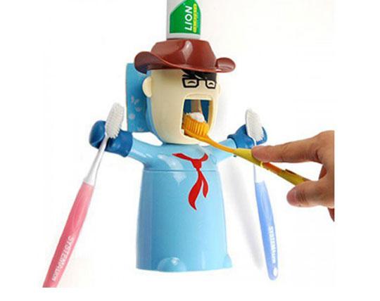 human-based-toothpaste-holder