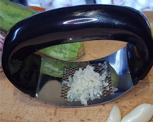 pressure-garlic