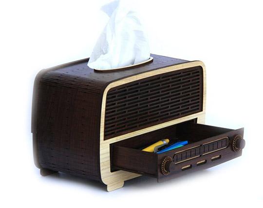 radio-shaped-tissut-box