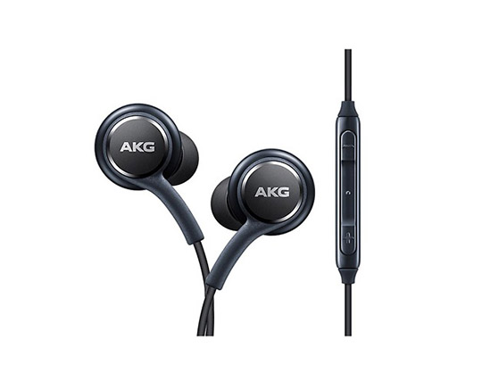 s10-plus-akg-samsung-handsfree