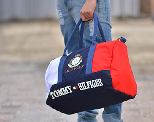 tommy-hilfiger-sport-bag
